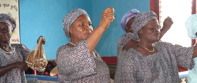 Women of Bonthe entertain congregation on District Conference Sunday